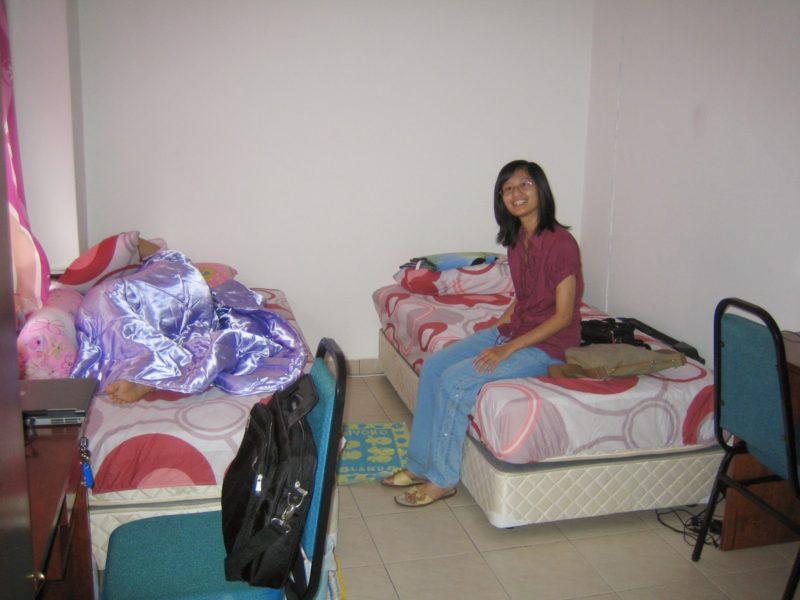 Curhatan Anak Kuliahan: Apartemenku, Dramaku