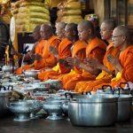 Miskonsepsi Tentang Makanan Dalam Agama Buddha