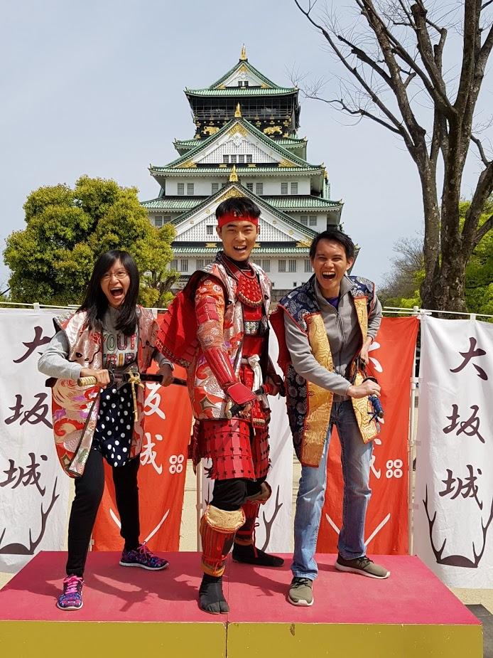 Kalo belom berfoto di sini, belom ke Osaka namanya