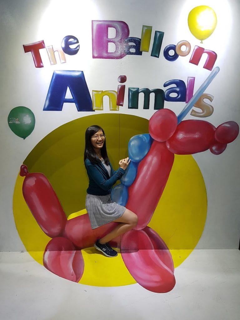 Kapan lagi bisa naik balon raksasa?